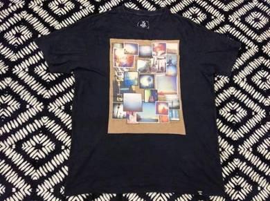 Quicksilver hitam design petak t shirt size xl