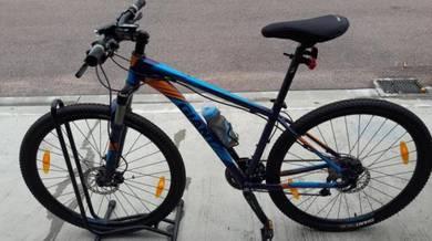 Giant Revel 1 Bicycle