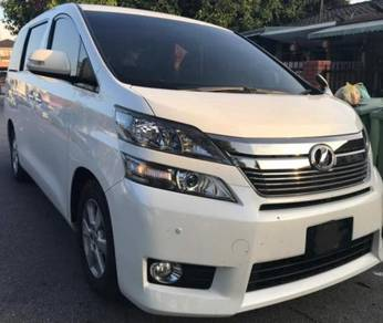 Toyota Vellfire for rent