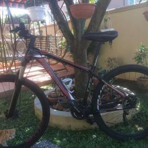 Mountain Bike 9-Speed