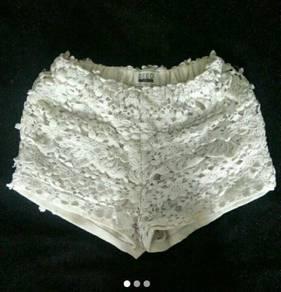 Lace White Short Pants