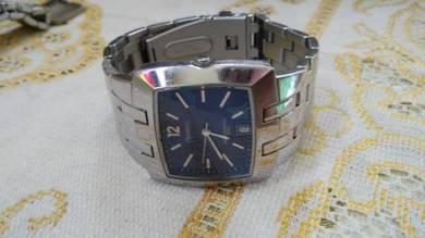Jam tangan lelaki armitron 7