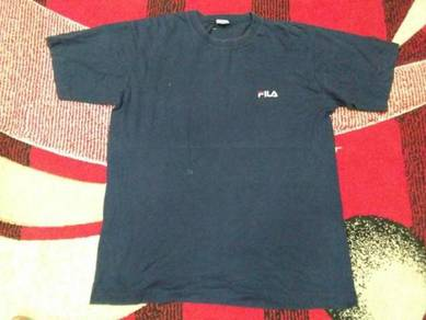 Vintage fila t shirt size l