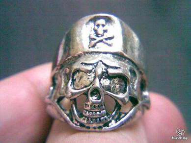 ABRSM-S009 Silver Plated Pirate Skull Ring -Sz 9.5