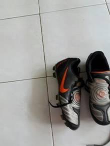 Football boot