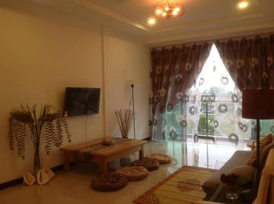 Spacious & Furnished Condo at Imperial Suites, Boulevard