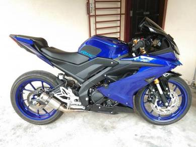 Yamaha R15   accessories