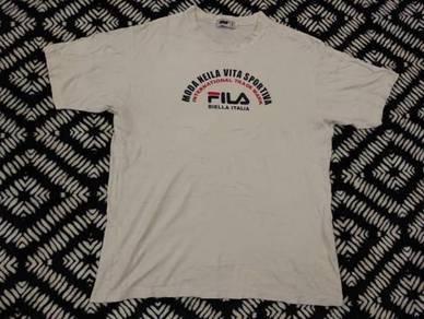 Fila t shirt putih size L