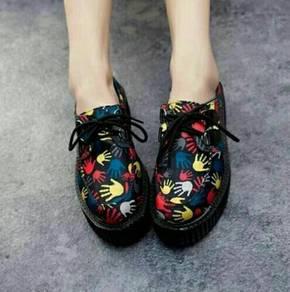 Harajuku Handprint Muffin Shoe