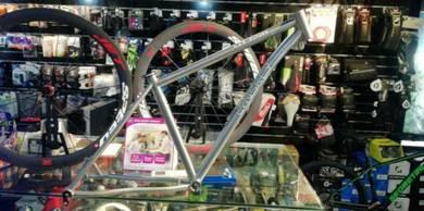 20% - Lynskey MT 650 Titanium Frame Silver Series