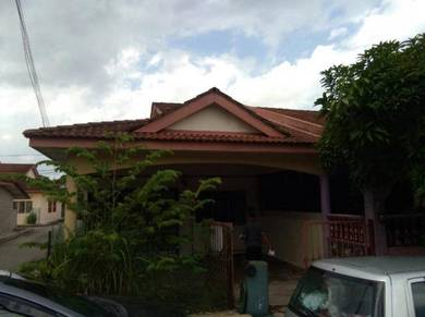 House Seri Mahkota Jaya Batu 11