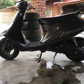 1996 Suzuki AG100