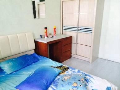 2 Room to rent