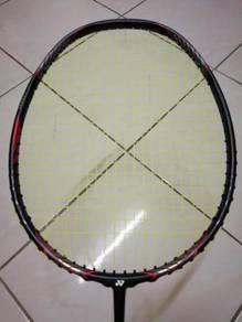Yonex voltric ld force (black matte)