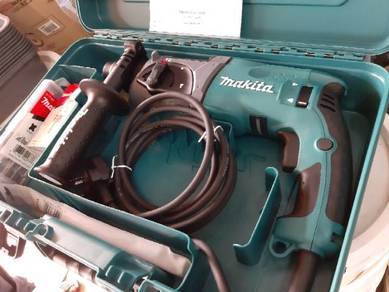 Makita Rotary Hammer HR2470X5