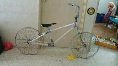 Mencari bmx atau looking for bmx