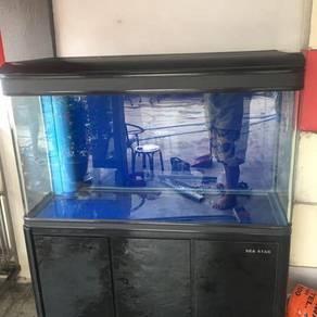 4Feet fish tank