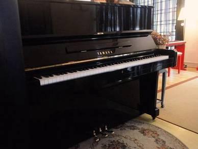 Yamaha Japan U1 Bk Piano