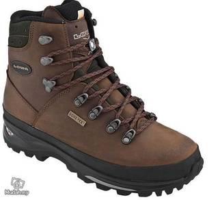 Lowa Ranger GTX hiking boots shoes