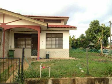 Single storey corner lot for rent in Kuantan