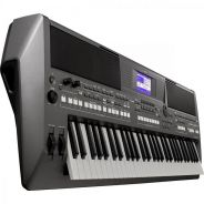Yamaha PSR S670 61-Key Arranger Workstation