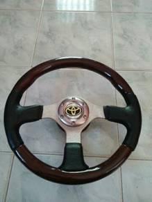 Sport steering wooden Momo