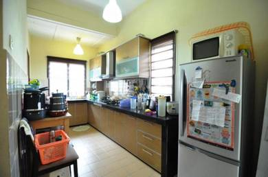 Mahkota cheras, corner lot , sg long,sek 3