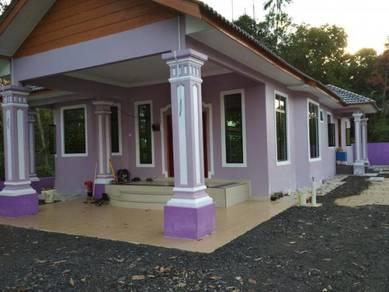 Rumah banglo halaman luas untuk dijual