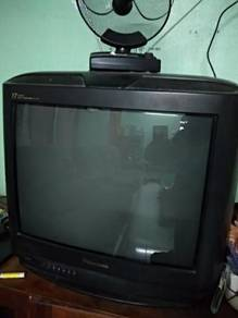 TV Panasonic 21 inchi