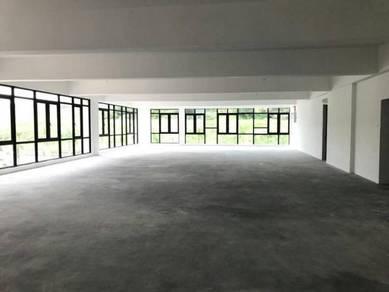 Super rental New shop office IOI RESORT CITY PUTRAJAYA 6 months FREE