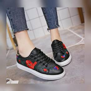 30% DISCOUNT# 7951 Embroidery Sneakers