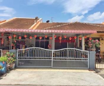 Renovated Single Storey.Nice and Clean Taman Angkasa Nuri Batu Beren