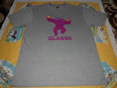 X large kelabu tshirt