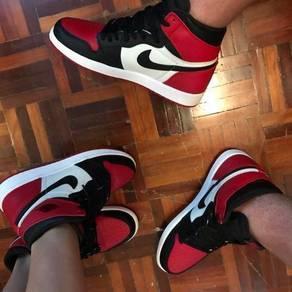 Nike Air Jordan 1 Bred toes (couple pair)