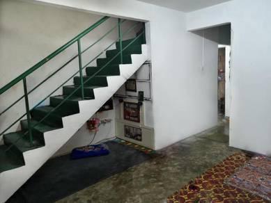 Taman Johor Jaya Double Storey Low Cost (Can Full Loan)
