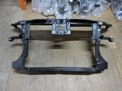Volkswagen Passat Saloon Radiator Support Panel