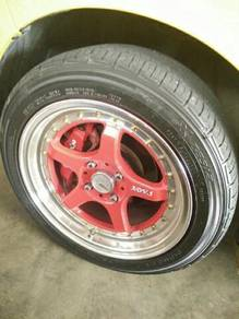 Sport rim with tyre size '15' for Axia advance