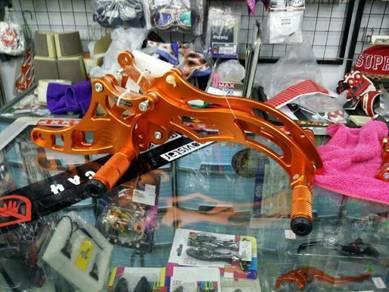 Lc135 footrest racing boy