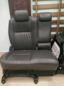 Seat toyota wish ZNE10