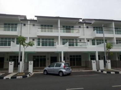 Kota Permai Master Room For Rent
