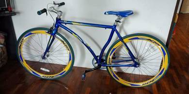 Fixie bike for sale.