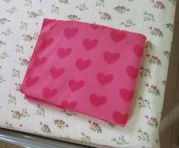 Tesco Kids Hearts Fleece Blanket - Pink