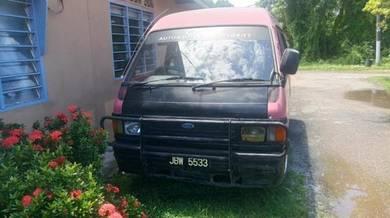 Van Ford Econovan 1.5cc 12 seats