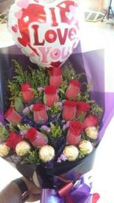 Fresh Flower Ferroro Bouquet