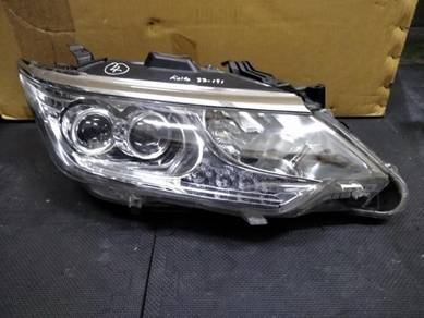 Toyota Camry Hybrid LED Projector Head Lamp