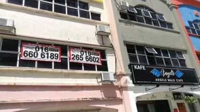3 Storey SHOP LOT For Rent