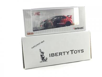 Tarmac Works Honda Civic Type R FK2 Advan (1:64)