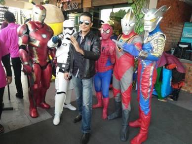 Costume dan cosplay dan badut majlis