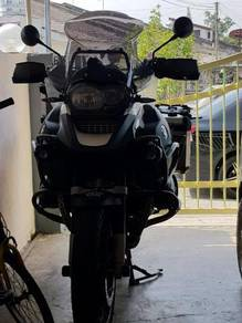 Bmw r1200gs adventures