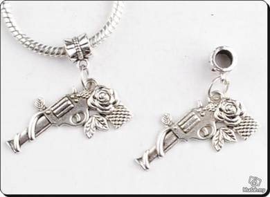 ABPSM-R002 Silver Metal Revolver Pendant Necklace
